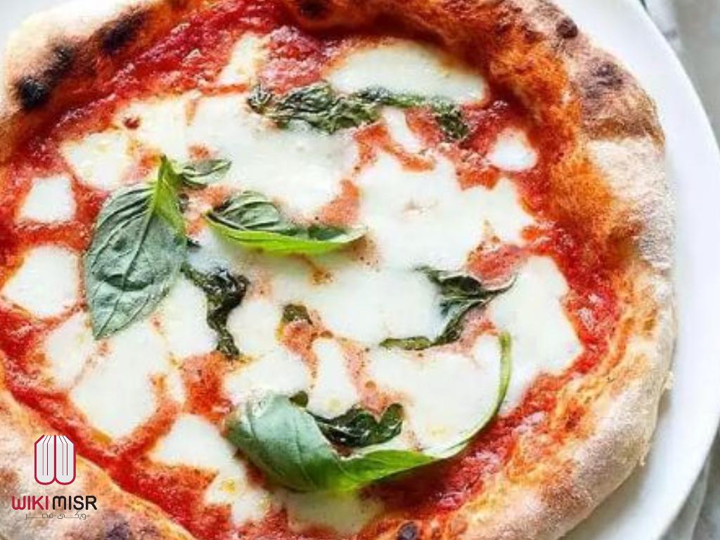 طريقة عمل البيتزا الايطالي في البيت