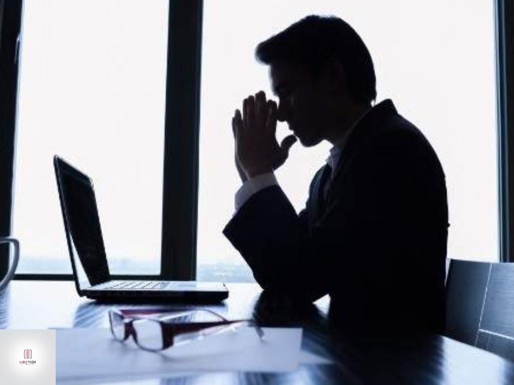 7 صفات احذرهم يمنعوك من استثمار المال