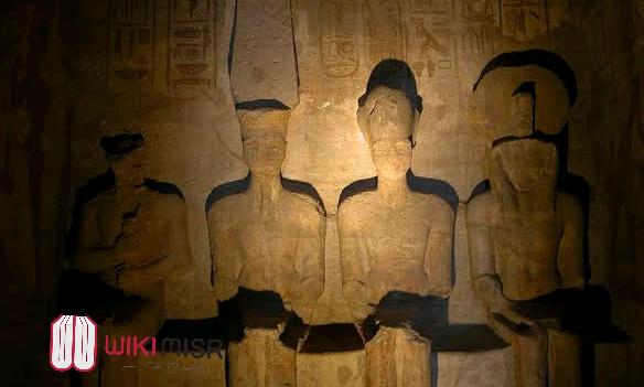 لماذا تتعامد الشمس على وجه الملك رمسيس الثانى فى معبد أبو سمبل؟ وماهو تفسير تلك الظاهرة؟