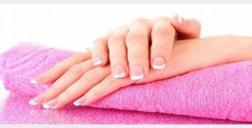 6 وصفات لترطيب اليدين في فصل الشتاء