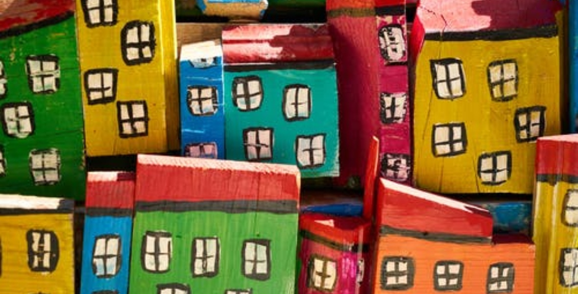 صور بيوت وأدوات البناء