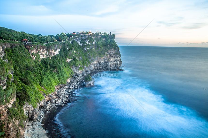 صورة لبحر في إندونيسيا