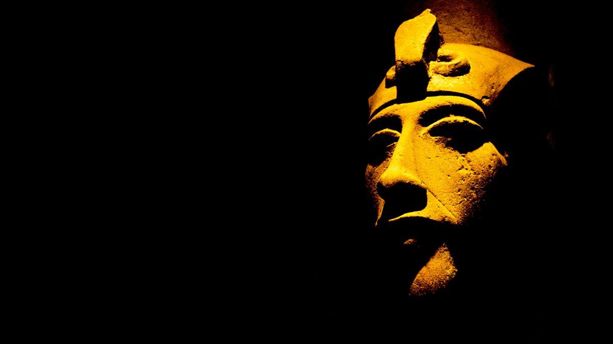 هل كان الملك إخناتون نبياً من أنبياء الله؟
