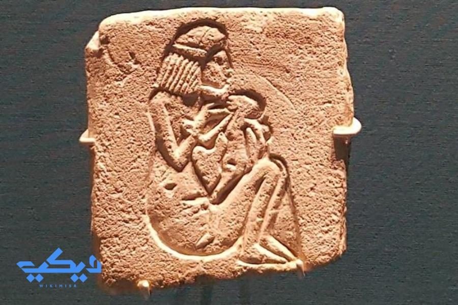 مشهد الرضاعة فى مصر القديمة.