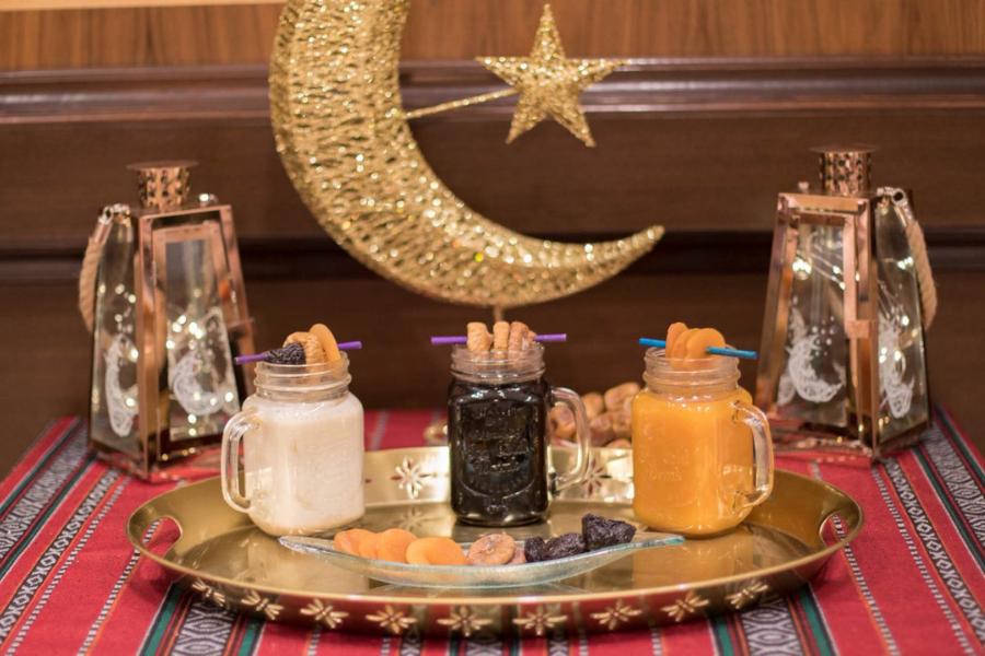 تمر ومكسرات رمضان