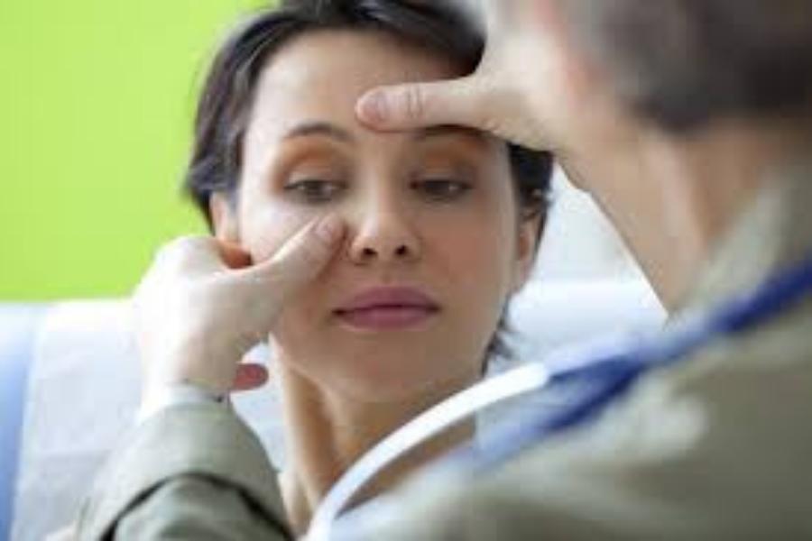 كيفية استخدام العلاج بالابر لضغط الجيوب الأنفية
