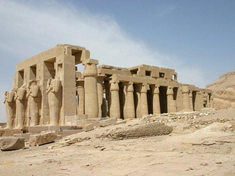 المعابد المصرية القديمة 2  تخليد ذكرى الملوك