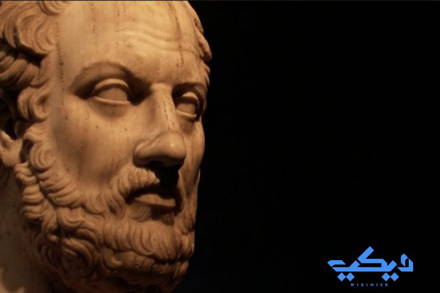 بلو تارخ الذى وصف هيرودوت بالخبث وانتقده.