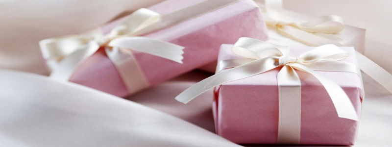 كيفية اختيار الهدايا الحريمي