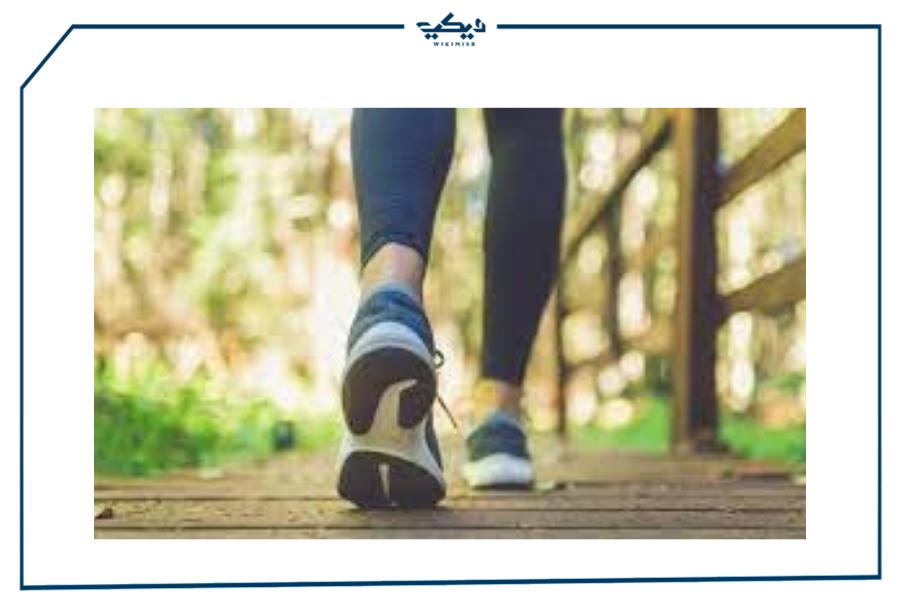 المشي لمدة نصف ساعة يومياً