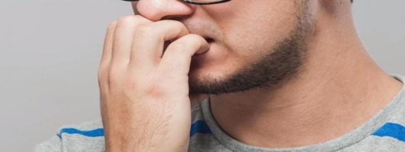 أعراض الوسواس القهري وأسبابه وطرق علاجه